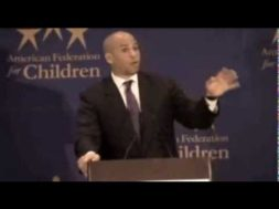 Cory Booker was Once a Big Fan of School Choice