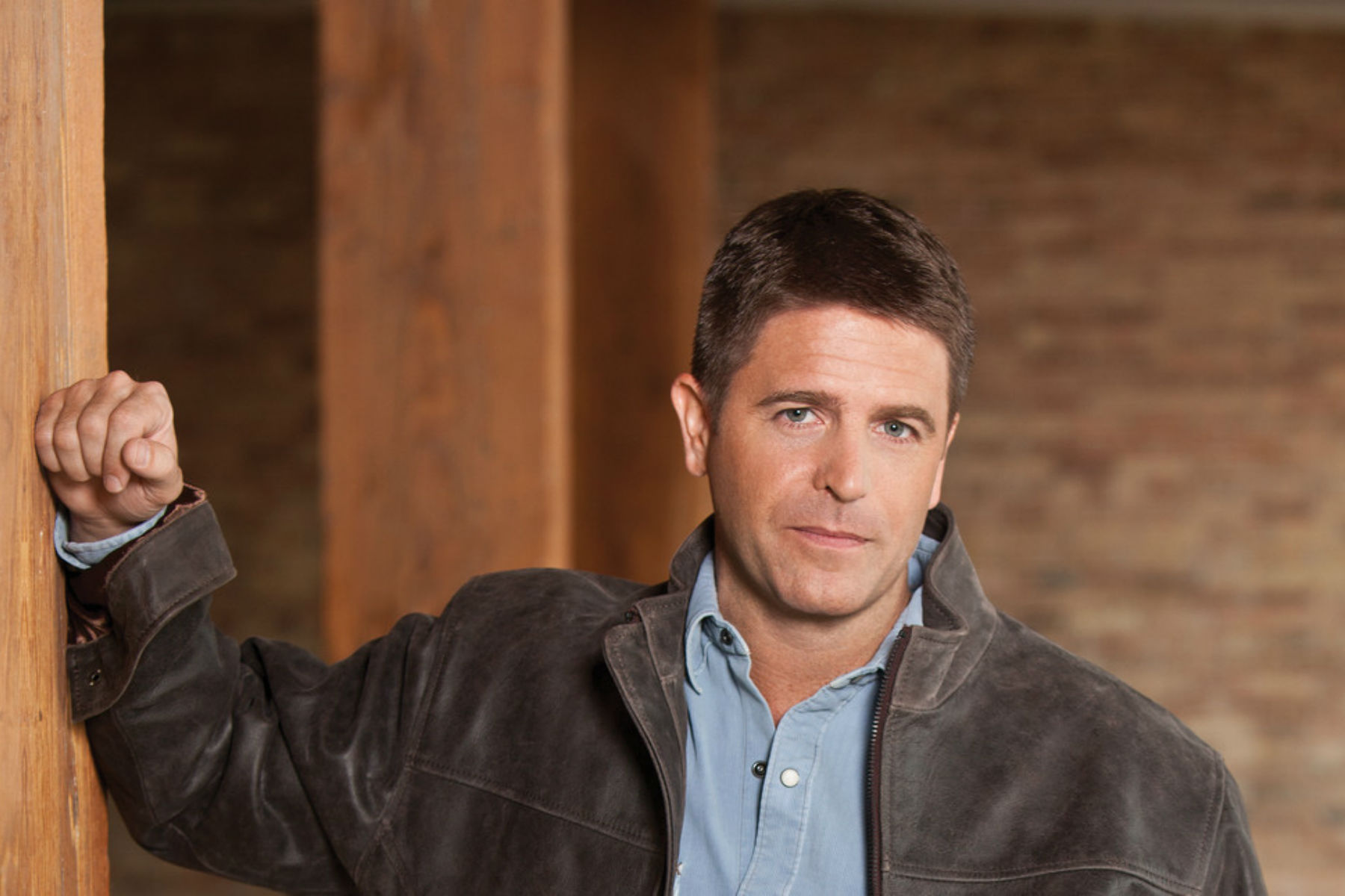 Brad Thor Talks Trump, Afghanistan & Escaping Illinois