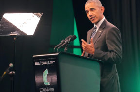 Obama speaks at the Green Economy summit in Cordoba