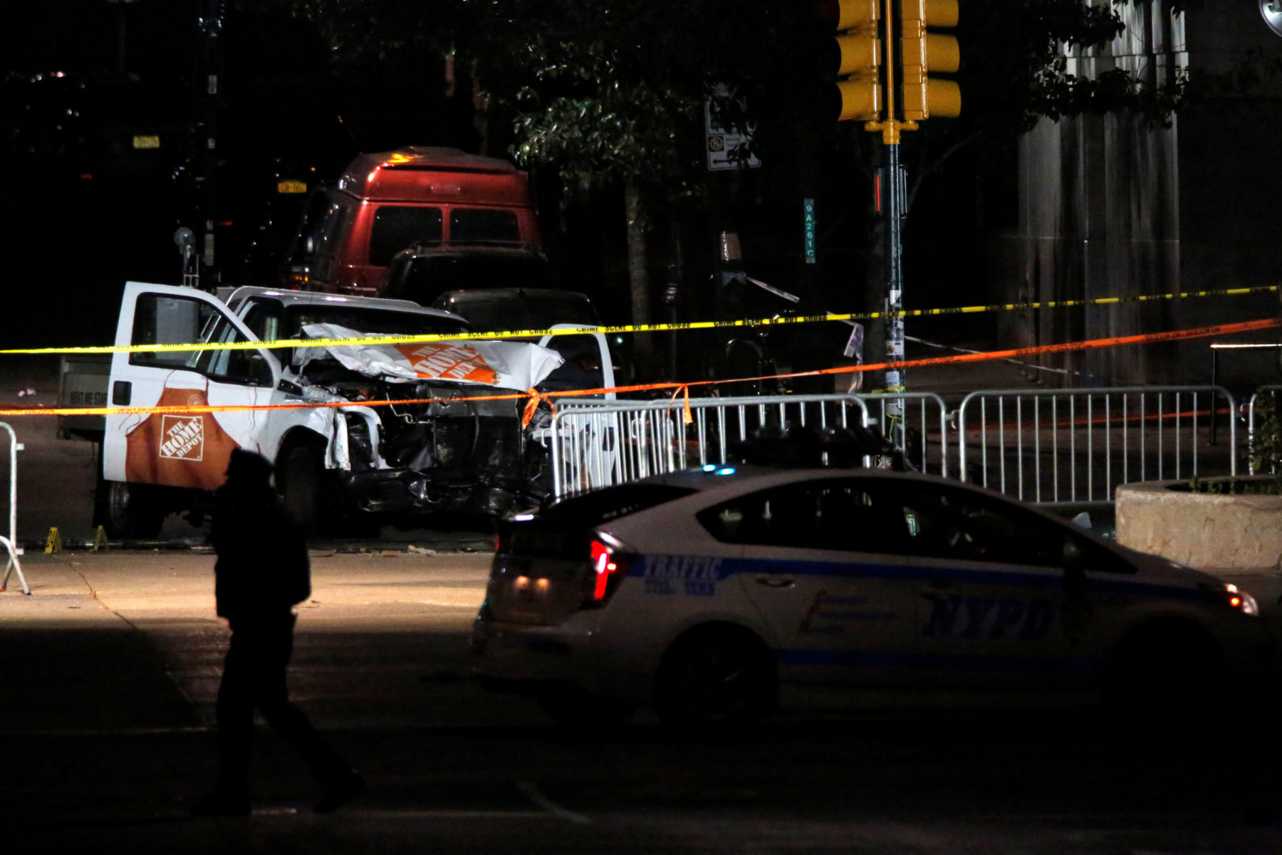 8 Killed When Truck Runs Into Crowd in NYC; Note Claims Attack for ISIS